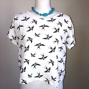 🐣Bird black and white tee 🐣